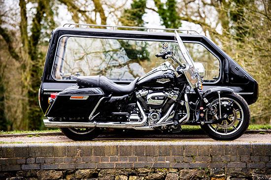 Andrew Anderson Funerals - Fleet - Harley Davidson Road King